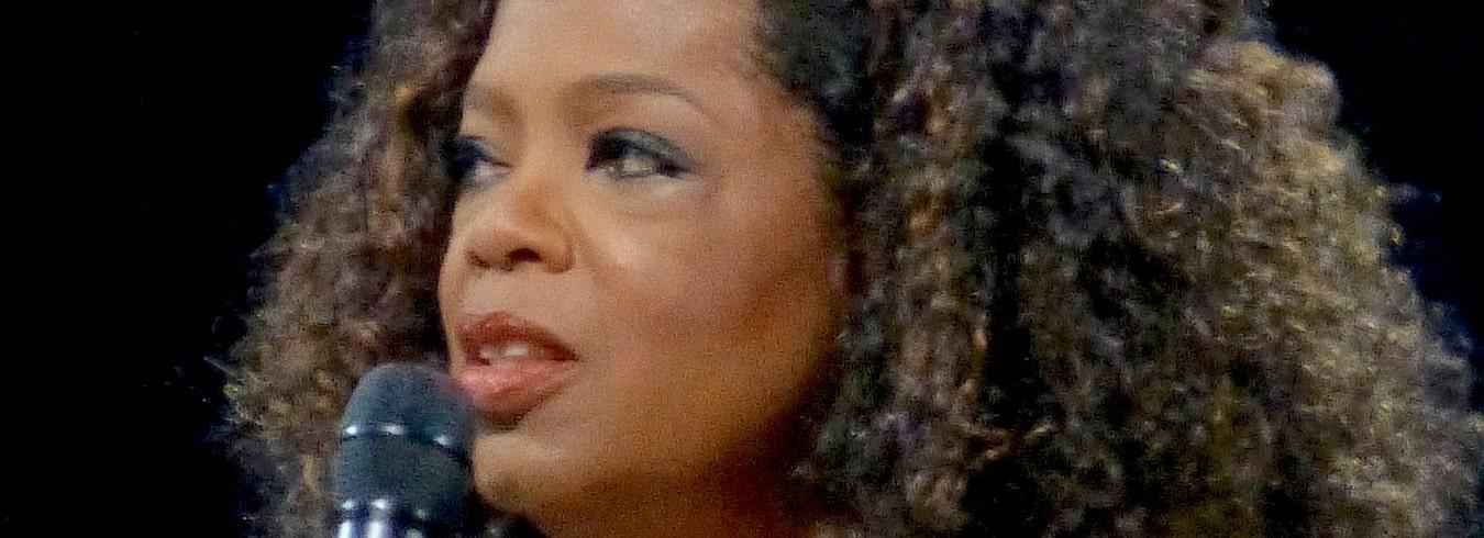 Oprah Winfrey – słynna prezenterka telewizyjna. Wiek, wzrost, waga, Instagram, kariera, partner