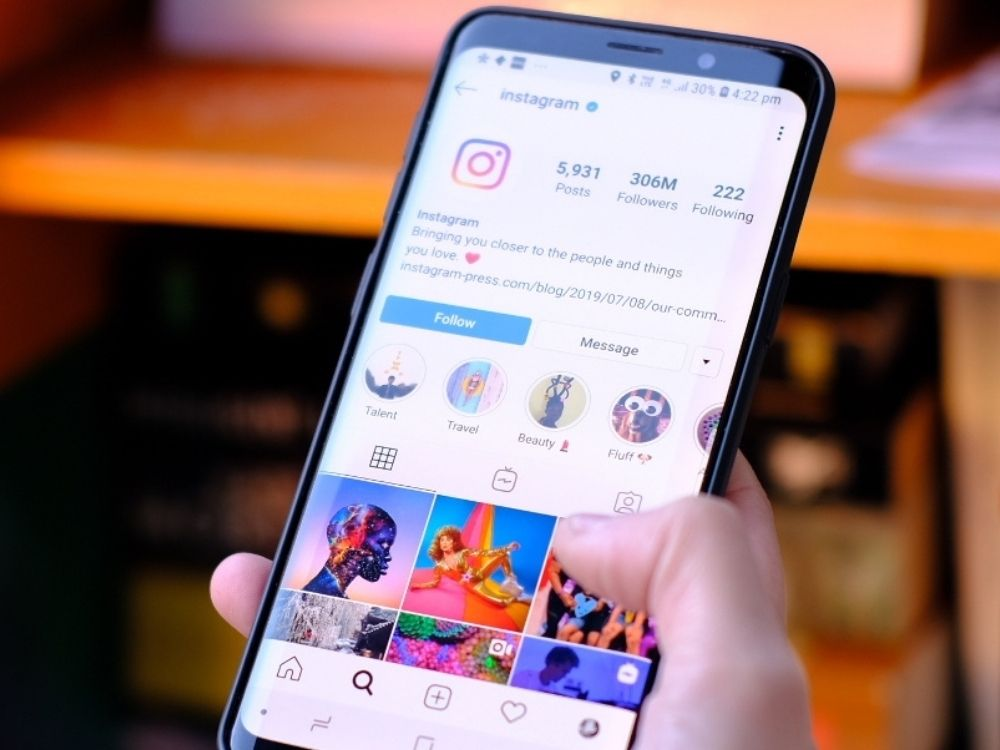 Instagram – platforma pozwoli filtrować wrażliwe treści
