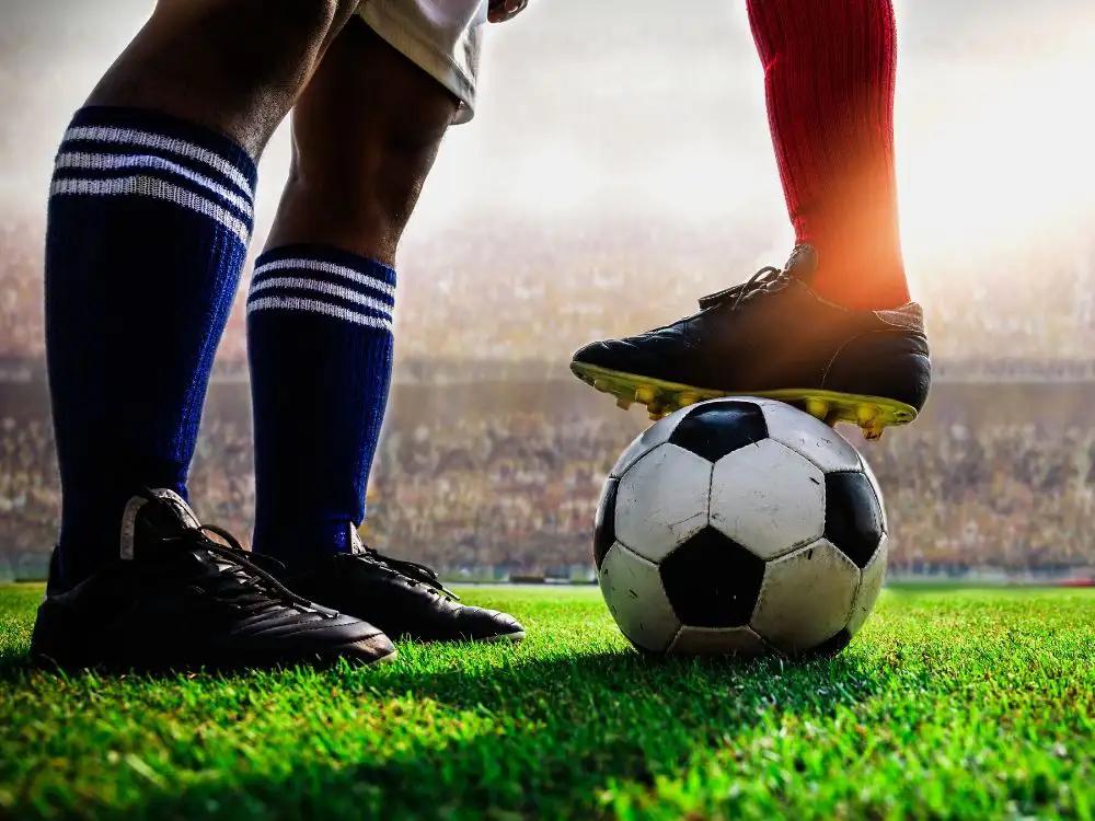Ronaldo i Messi w jednym klubie? – kluczem ma być trener