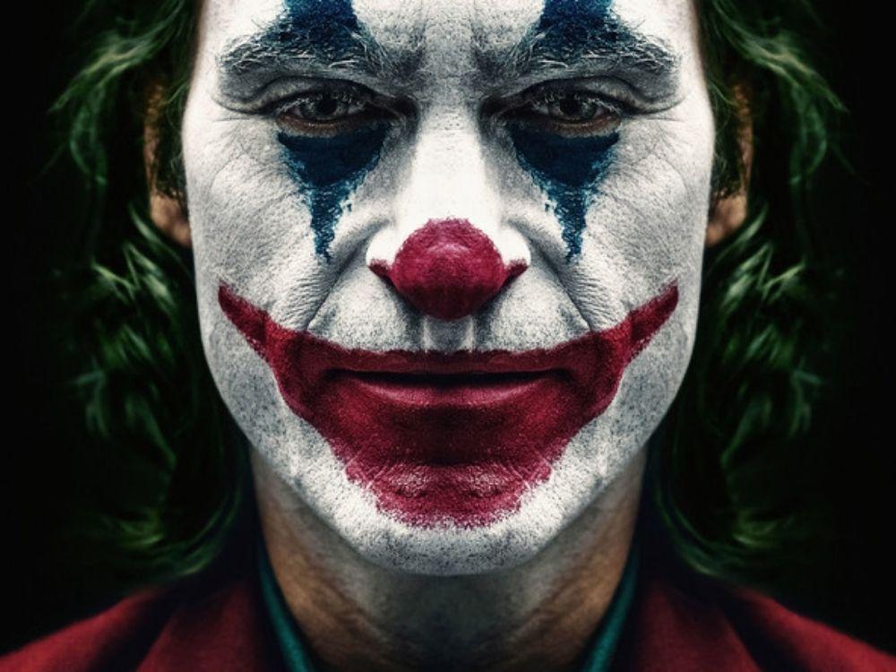"""Powstaną kontynuacje """"Jokera""""? Phoenix się wzbogaci"""
