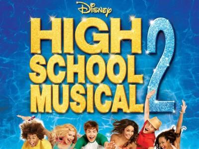 High School Musical 2 - jeszcze więcej muzyki!
