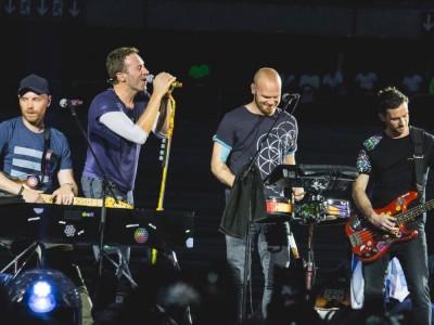 """Coldplay – zespół, który zabierze was do """"Paradise"""". Historia, członkowie, utwory, płyty, nagrody, Instagram"""
