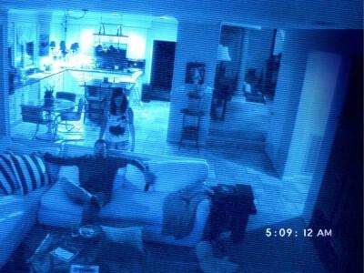 Paranormal Activity 2 - koszmar uwieczniony na kamerach