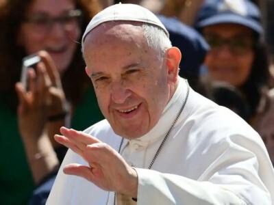 Papież Franciszek wydał zalecenie ws. urzędników watykańskich