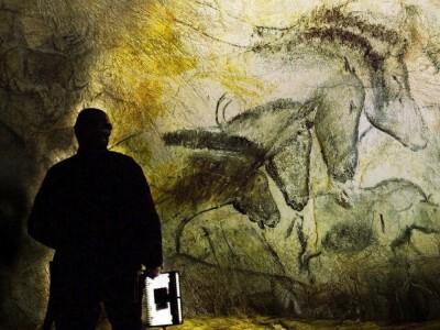 Jaskinia zapomnianych snów - historia ludzkości w malowidłach