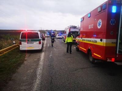 Na Słowacji zderzył się autokar szkolny z ciężarówką. 12 osób nie żyje, a 17 jest rannych