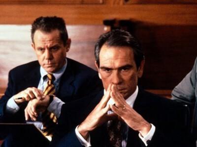 Klient (1994) – dwoje dzieci zamieszanych w sprawę morderstwa