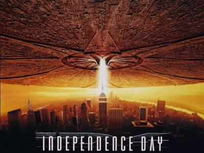 Dzień Niepodległości (1996) - wojna z kosmitami