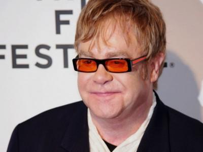 """Elton John o Michaelu Jacksonie: """"był naprawdę chory psychicznie"""""""