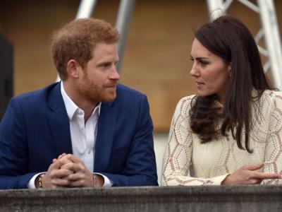 Kate Middleton BARDZO TĘSKNI za księciem Harrym