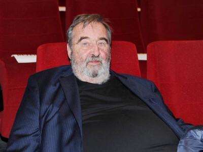 Krzysztof Kowalewski - Roman Łubicz z Daleko od noszy. Wiek, wzrost, żona, dzieci, kariera