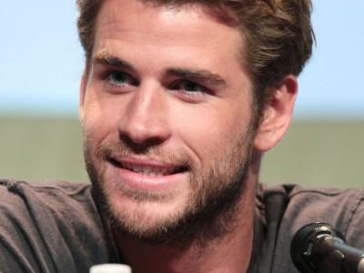 Liam Hemsworth trafił do szpitala i musiał przejść operację. Co mu dolegało?