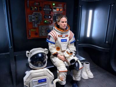 """""""Rozłąka"""" – Hilary Swank jako astronautka w nowym serialu sci-fi"""