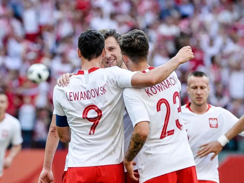 Lewandowski najlepszym piłkarzem Bundesligi – jego kolega z reprezentacji jest najgorszy